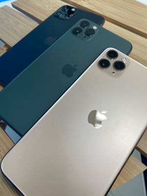 Apple iPhone 11 Pro Max Unlocked 64GB for Sale in Tacoma, WA
