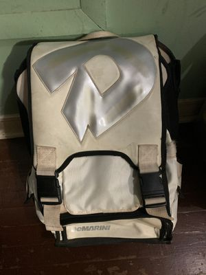 Demarini Bat Backpack for Sale in Los Angeles, CA
