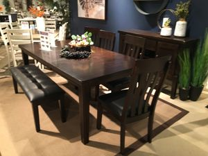 6 PC Dining Set with Extendable Dining Table, Rustic Brown for Sale in Bell Gardens, CA