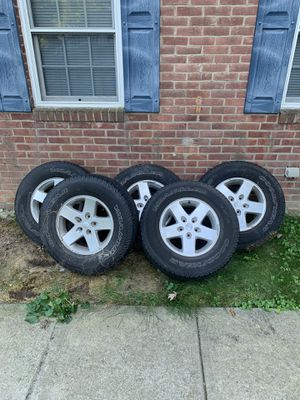 5 Jeep (GM) rims and Goodyear tires for Sale in Kennesaw, GA