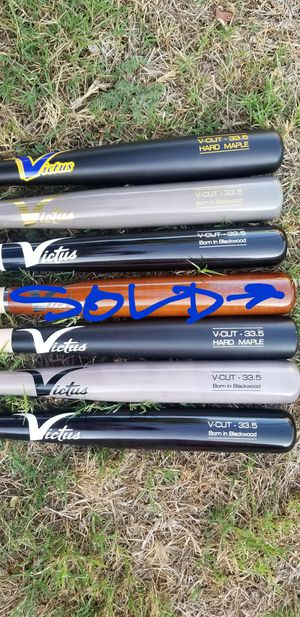 """Brand New Victus V-Cut Pro Maple Ink Spot Baseball Bats Size 33.5"""" What Color You Like. for Sale in West Covina, CA"""