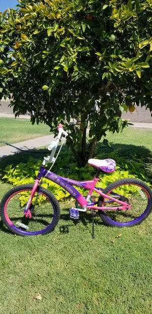 "Glirs bike huffy size 20"" for Sale in Phoenix, AZ"