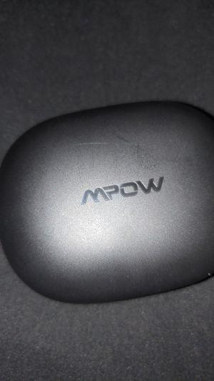 Mopw 20s Bluetooth wireless earbud apxt for Sale in St. Petersburg, FL