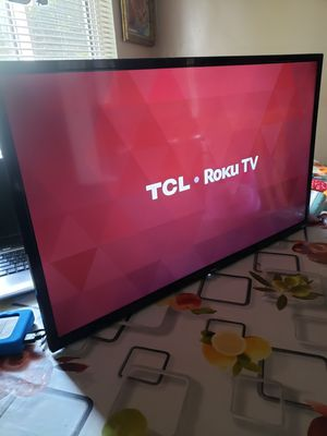 """TCL smart TV 32"""" inche remote control included NO stand for Sale in Los Angeles, CA"""