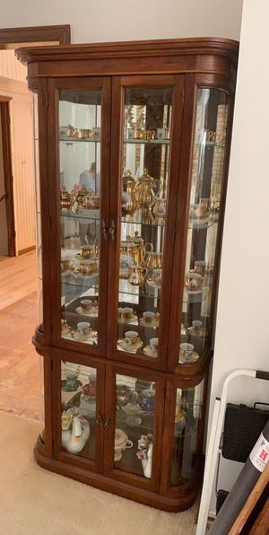 Curio cabinet real wood antique for Sale in Chicago, IL