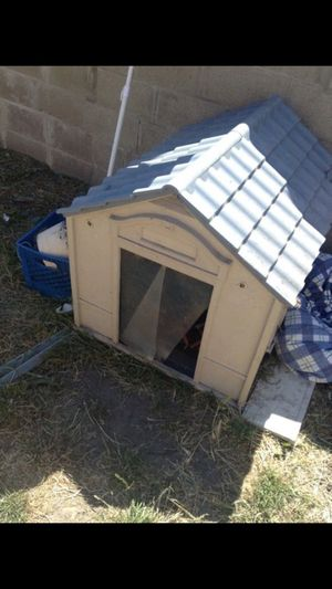 Dog house and kennel for Sale in Richmond, CA
