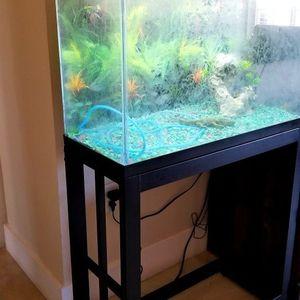 Aquarium or Terrarium 30 Gallons W/stand. Pecera Con Mesa for Sale in Hialeah, FL
