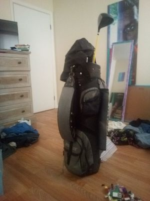 Golf set. Includes tees, balls and, clubs. Has little ware on one pocket. for Sale in West Monroe, LA