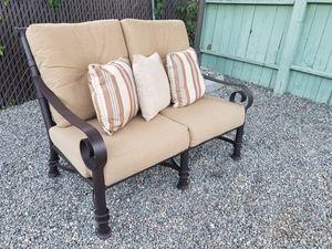 Mallin patio furniture for Sale in Vista, CA
