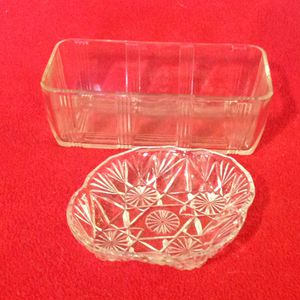 Pyrex loaf baking dish and a crystal candy dish, together for Sale in Reedley, CA