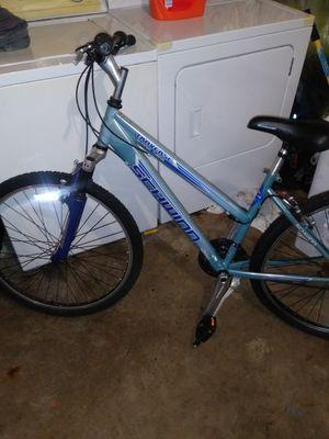 Women's Schwinn moutain bike for Sale in Washington, DC