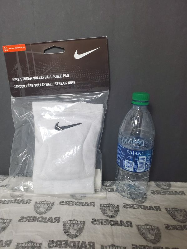 Nike Streak Volleyball Knee Pad pair