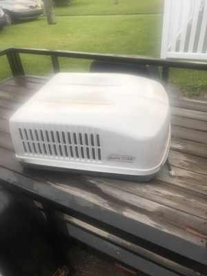 Dometic rv roof ac unit for Sale in St. Petersburg, FL