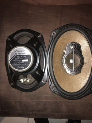 Pioneer 6x9 for Sale in Miami Gardens, FL