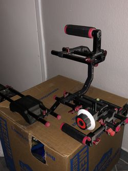 Neewer Camera Stabilizer for Sale in Tempe,  AZ