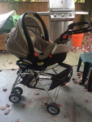 Graco Car Seat/Stroller for Sale in Rockville, MD