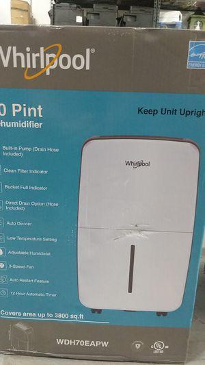 70 Pint Dehumidifier whirlpool for Sale in Pompano Beach, FL