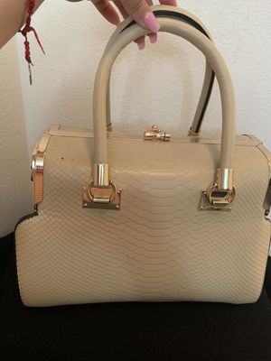 Purse for Sale in Lake Elsinore, CA
