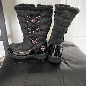 Girls Totes Snow boots Size 13 for Sale in Lanham, MD