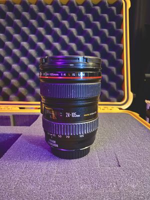 Canon EF 24-105mm f/4 L IS USM Lens for Sale in Houston, TX
