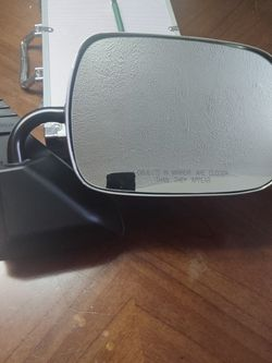 GM, Chevy Chrome Side View Mirror for Sale in Litchfield,  OH