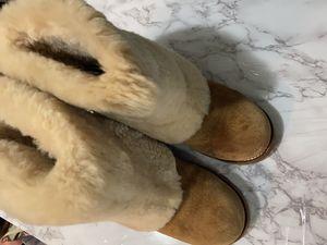 Women winter boot for Sale in Nashville, TN