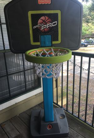 Used basketball hoop for Sale in Tampa, FL