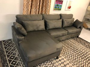 BRAND NEW Gray Sectional Couch for Sale in Las Vegas, NV