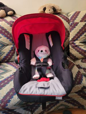 Urbini Baby Seat/Carrier for Sale in Skokie, IL