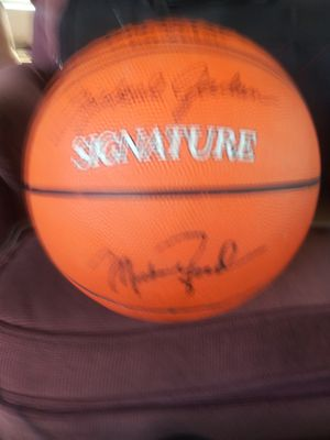 Micheal jordan signed basket ball for Sale in San Jose, CA