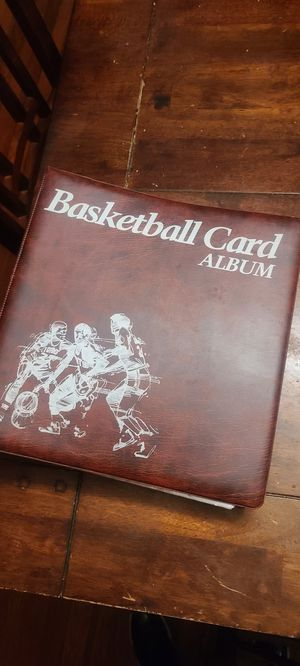 MULTIPLE SPORTS CARDS IN BINDER for Sale in Scotchtown, NY