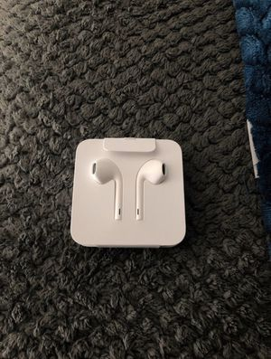 Apple earbuds for Sale in Chandler, AZ