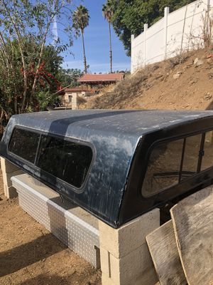F-250 8' bed camper shell fits 1996-1997 for Sale in Spring Valley, CA