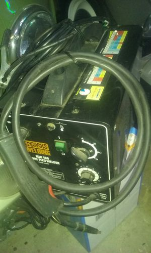 Chicago mig 180 welder price is firm no lowballers for Sale in Fontana, CA