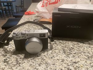 Fuji x100V Camera 2020 Model for Sale in Livermore, CA