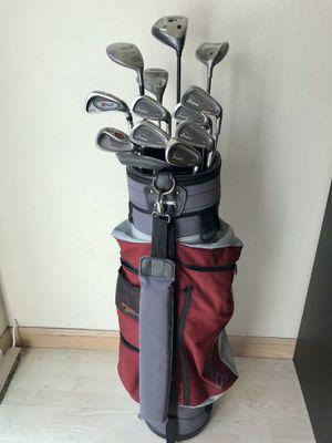 Men's Beginner Golf Club Set w/ Bag for Sale in Castro Valley, CA
