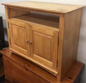 Blonde TV Stand for Sale in Philadelphia, PA