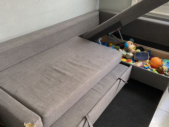 Grey Storage Couch for Sale in Addison,  IL