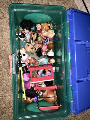 Lol dollhouse and dolls for Sale in Clermont, FL
