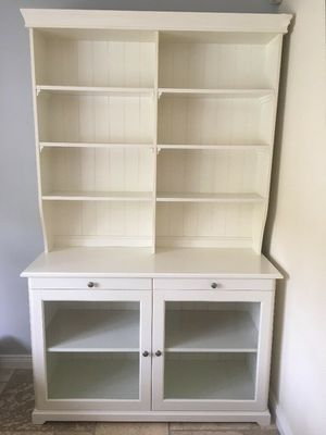 Beautiful Hutch/Buffet Cabinet for Sale in San Diego, CA
