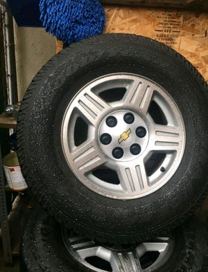 255/75/17 CHEVROLET TAHOE/ SABURBAN 2008-2011 RIM'S WITH TIRES for Sale in Ontario, CA