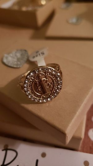 San benito Ring for Sale in Huntington Park, CA