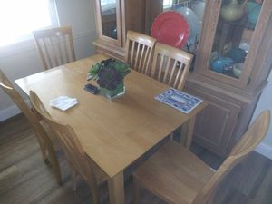 Table for Sale in Upland, CA