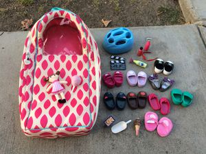 """Doll Carrier and Doll Accessories for 18"""" Dolls for Sale in Tustin, CA"""