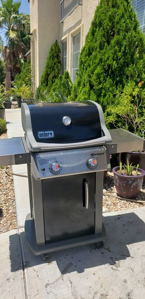 Weber spirit BBQ grill for Sale in Las Vegas, NV