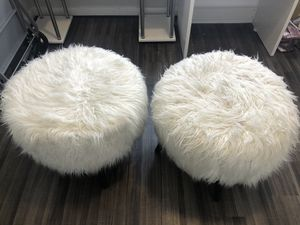 White fur vanity stools for Sale in Chillum, MD