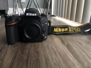 Nikon D750 DSLR with All NIKON 16-35mm, 24-85mm, 35mm, 85mm lenses for Sale in Concord, CA