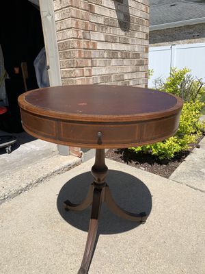 Vintage/antique round table with drawers for Sale in Lockport, IL