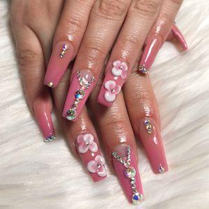 Nails ! for Sale in Dallas, TX