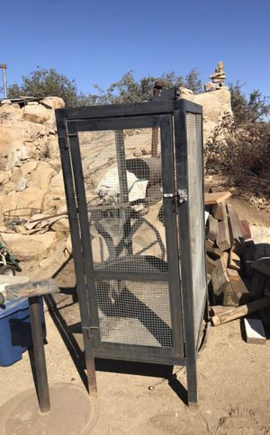Large bird cage for Sale in Menifee, CA